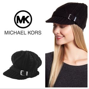 NWT Michael Kors News Boy Hat